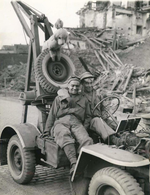 1945-03-29-jeep-wrecker1
