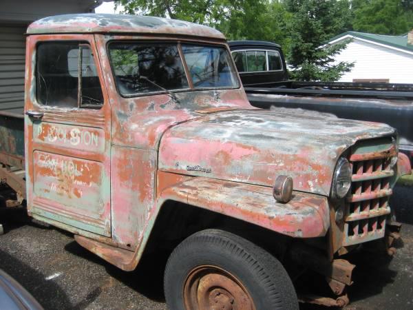 1952-truck-ironmountain-mi1