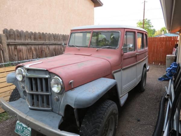 year-wagon-pueblo-co1