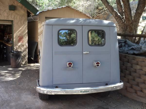1952-wagon-wrightwood-ca4