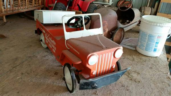 year-hamilton-pedalcar-mo2