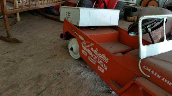 year-hamilton-pedalcar-mo3