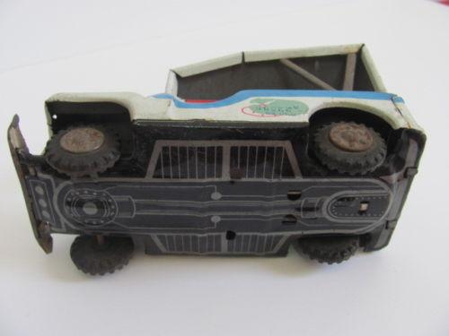 tin-jeep-AAA-4