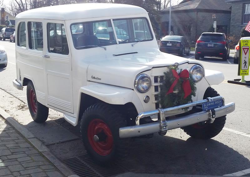 buz-wagon-nc-christmas1