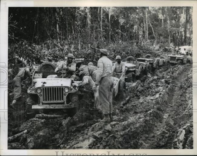 1944-11-03-burma-road-mud1