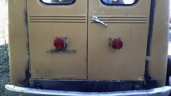 1964-wagon-clute-tx4
