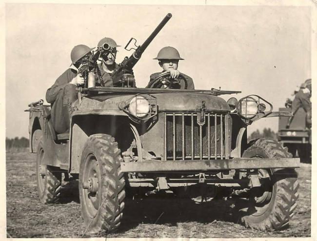 1941-02-23-bantam-brc60-1