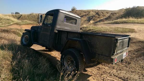 1952-truck-lagrange-ca4