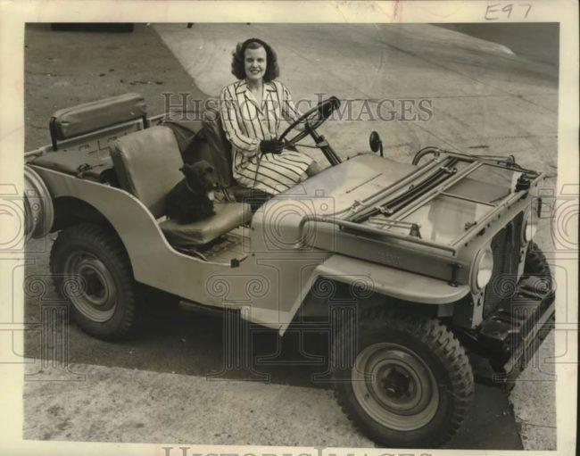 1945-09-03-sarah-elizabeth-roger-cj2a-1