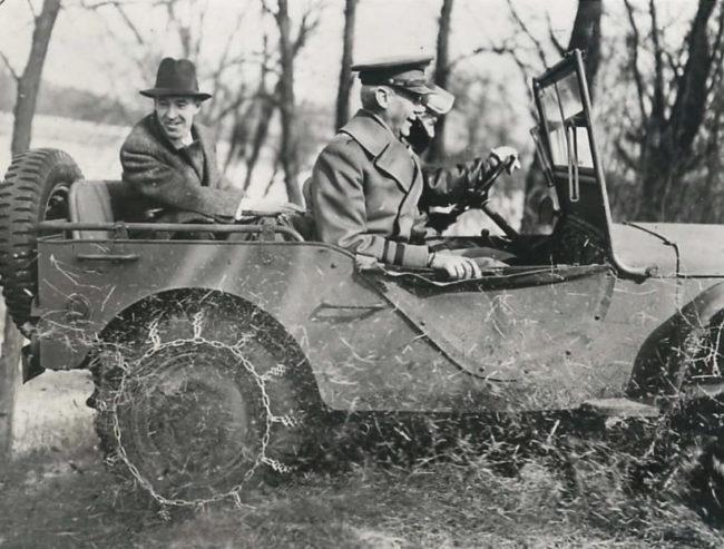 1941-03-01-edsel-ford-fordgp1