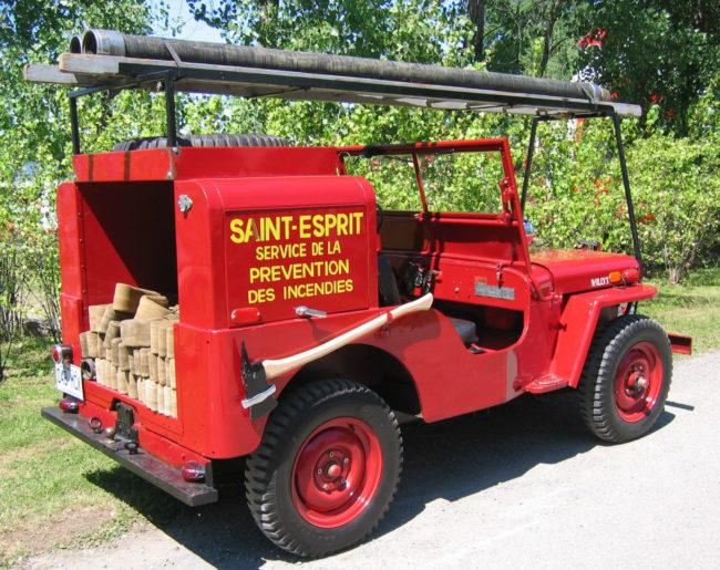 1948-cj2a-firejeep-qc-canada4