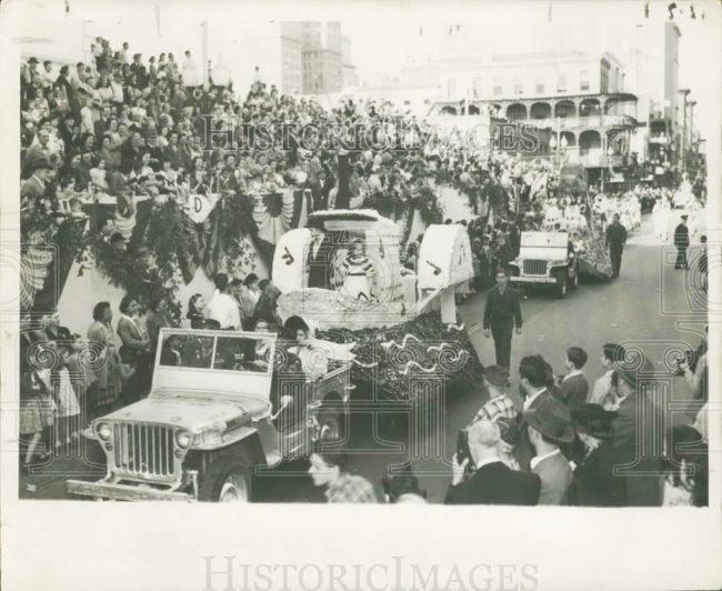 1948-neworleans-carnival-jeeps1