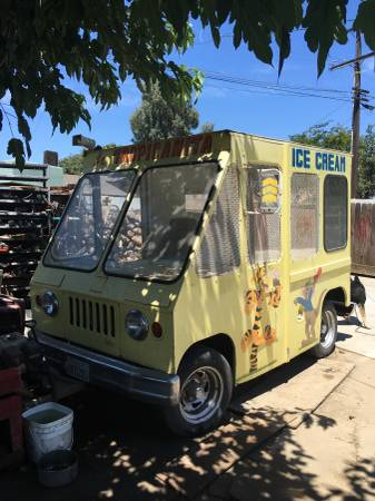 1964-fj6-icecream-fresno-ca1