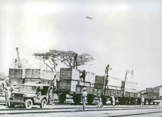 jeep-pulling-freight-cars-india1