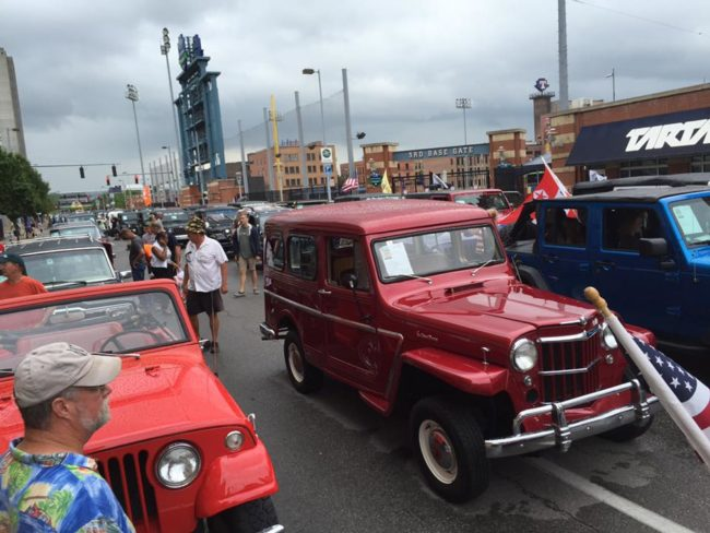 2016-toledo-jeepfest-bob-christy-parade7