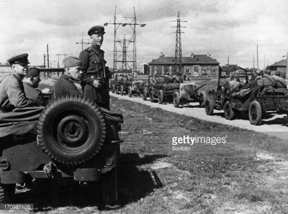 170987108-commander-of-a-soviet-tank-destroyer-unit-gettyimages