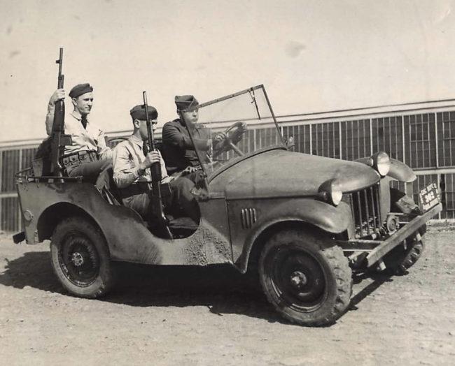 1940-10-03-bantam-brc1-holabird1