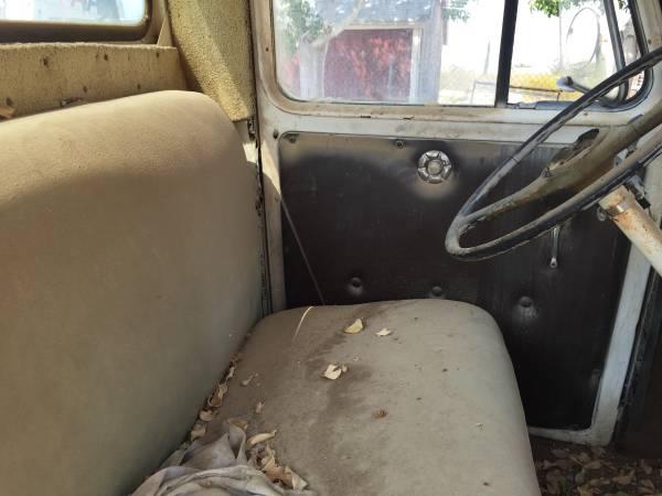 1954-truck-barstow-ca3