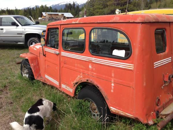 wagons-trucks-montana2