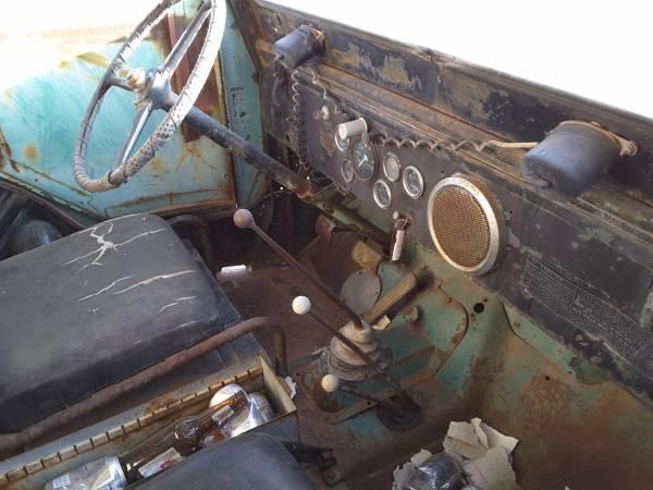 1953-cj3b-elfrida-az3