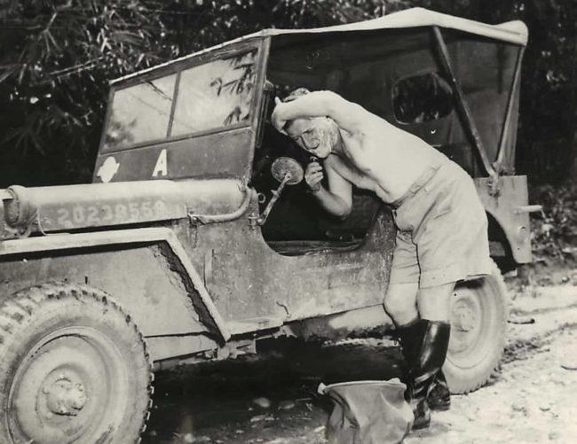 1943-04-11-general-haydon-boatner-shaving-burma1