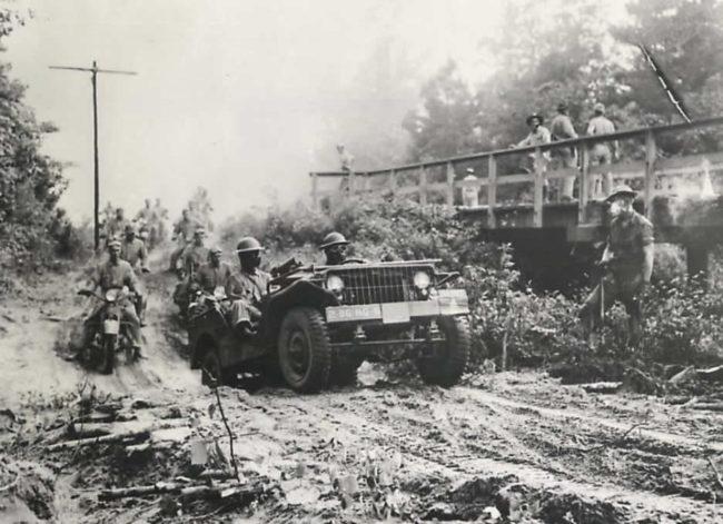 1941-09-10-leesville-manuevers1