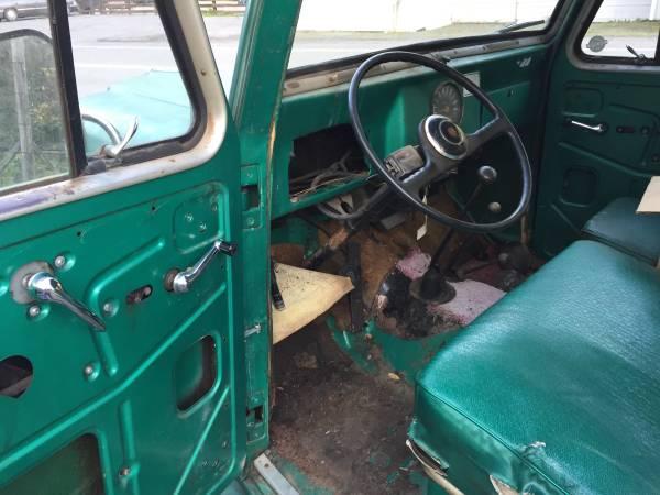 1952-wagon-russianriver-ca3