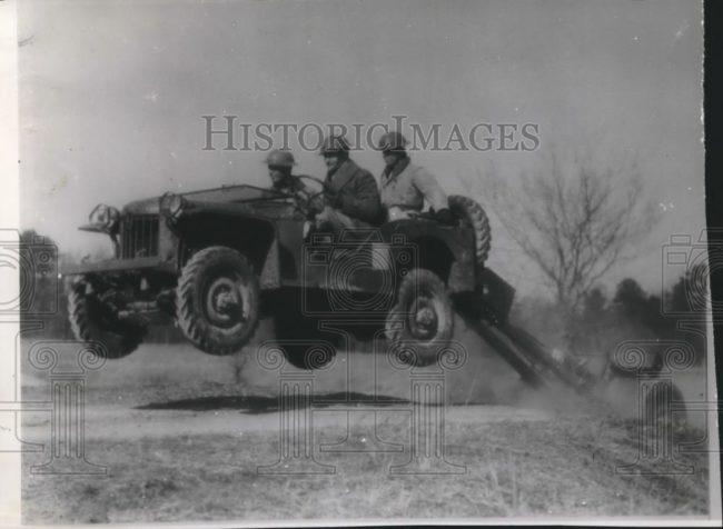 1941-03-24-brc60-jumping1