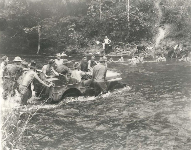 1942-01-20-new-guinea-pushing-jeep1
