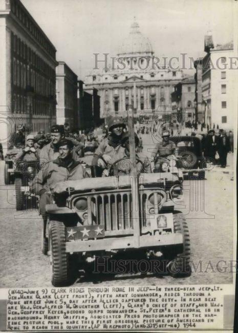 1944-06-11-general-mark-clark-in-rome1