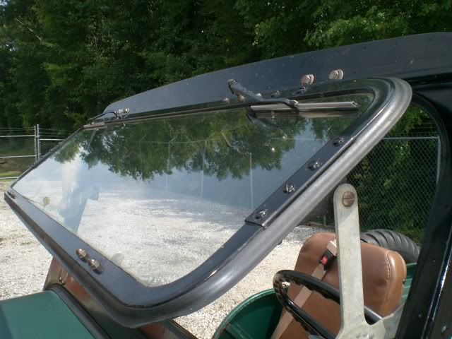 ventilating-3b-windshield