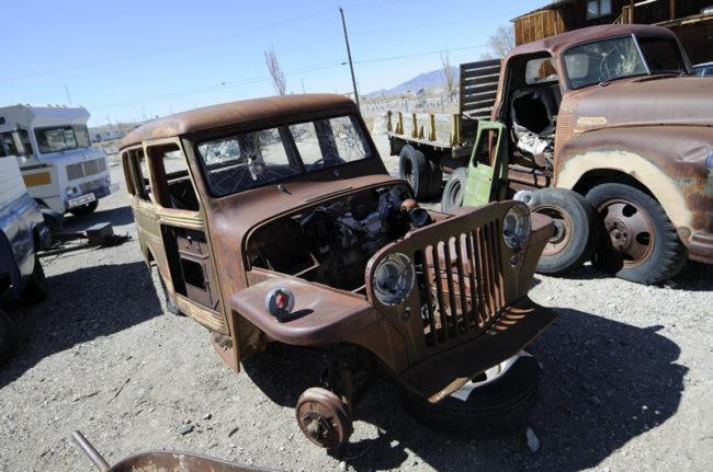 2017-03-28-tonopah-wagon1