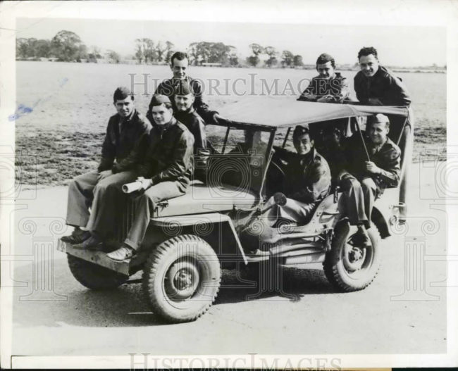 1942-10-02-soldiers-jeep1