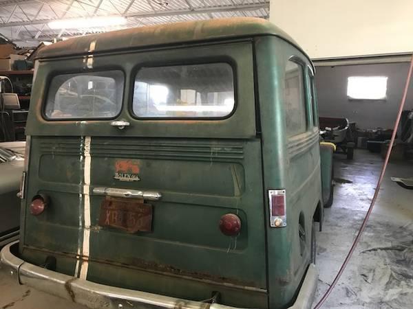 1955-wagon-hurst-tx4