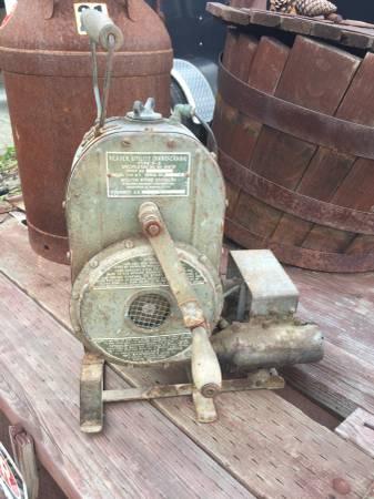 stewart-warner-handcrank-heater