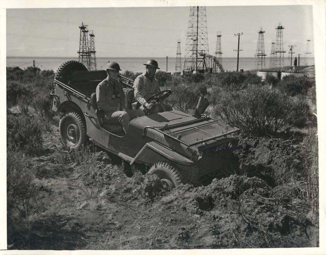 1942-02-20-california-oil-fields