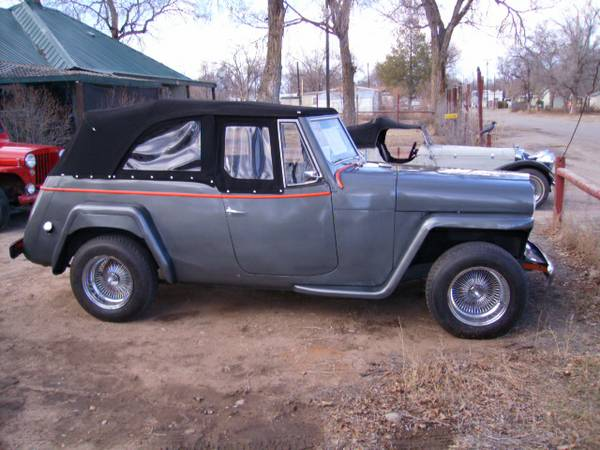 1948-jeepster-1949-wagon-pueblo2