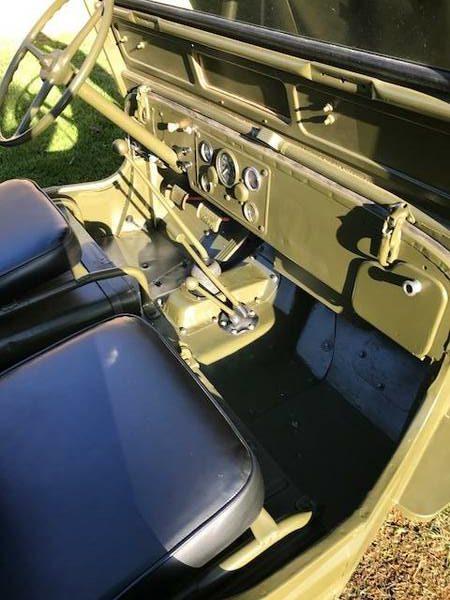 1952-m38-clinton-il3