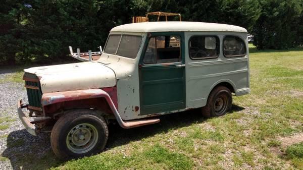 1952-wagon-parkway-fredericksburg-va0