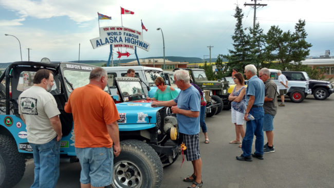 2017-07-29-signing-jeep