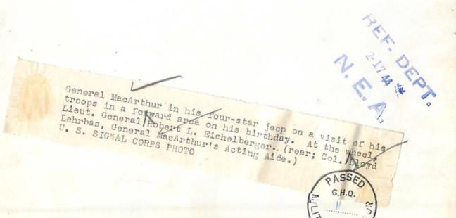1944-02-17-mcarthur-newguinea2