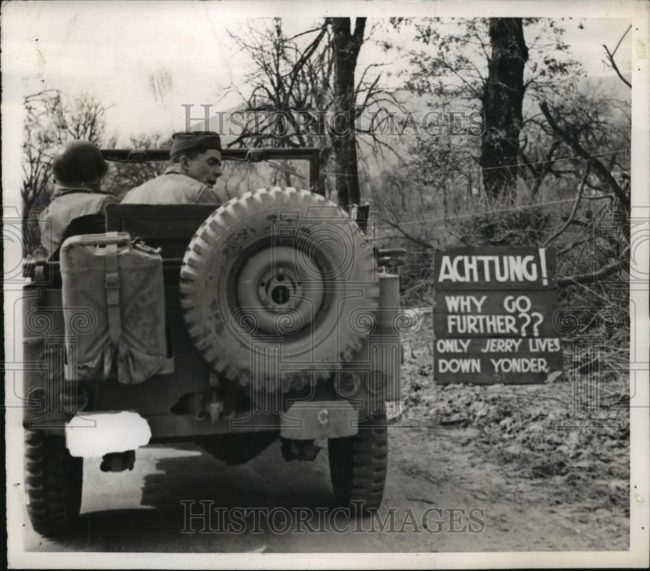 1944-03-29-achtung-sign-jeep1