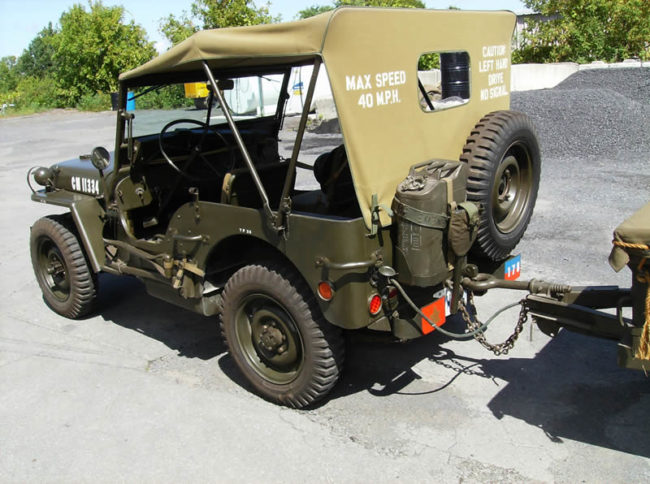 1944-mb-trailer-canada3