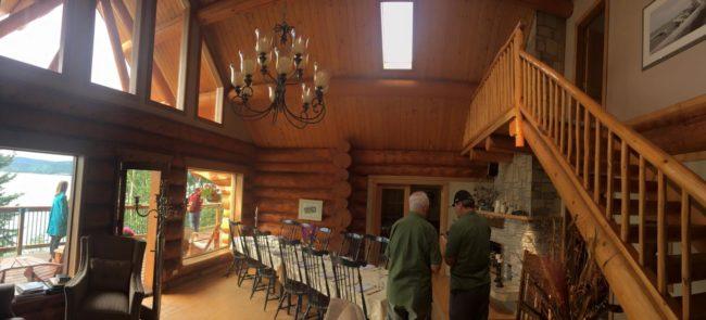 2017-08-01-lodge-interior1