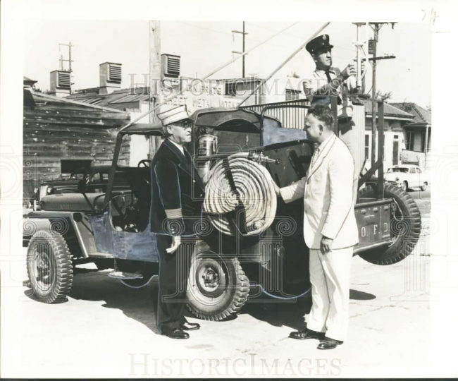 1953-09-22-fire-jeep-donation1