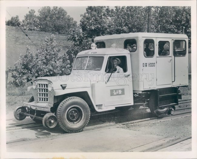 1953-05-04-truck-railroad1