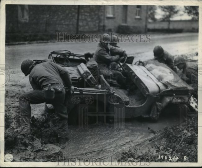 1944-10-19-stollberg-germany-jeep-mud1