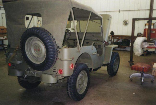 1945-mb-whitebear-mn4