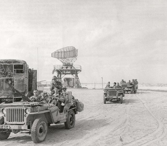 73a58146570b3533bbcd9c6ee7c7d7e2--military-photos-military-history