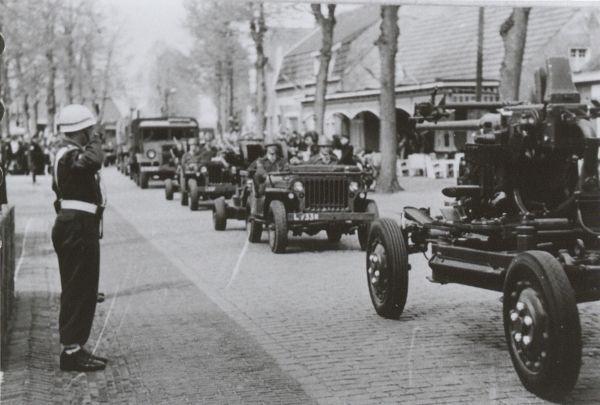 uden__militaire_parade